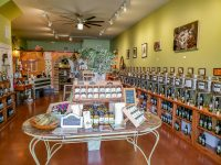 la-terra-natural-oils-shopping-savannah-local-food-store-savannahga-travel-20180518_134306.jpg